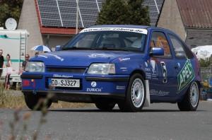 Sie setzten diesmal ein kräftiges ´Ausrufezeichen`; die beiden Neustadt b. Coburger Rallyebrüder Andre und Sandro Apel mit ihrem Opel Kadett 16V